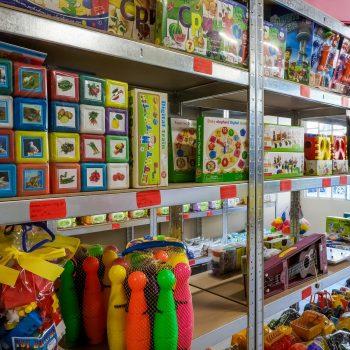 """Промоция на детски дрехи и играчки от Детски център """"Коко"""""""